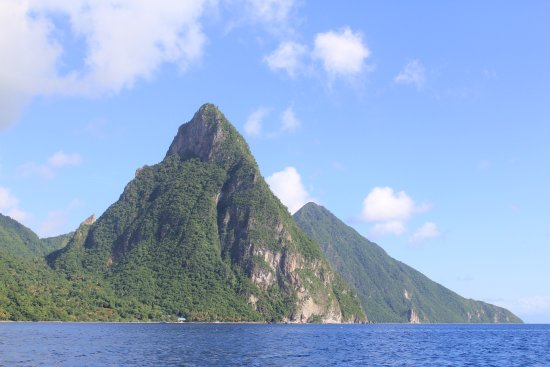 Gros Islet, Sta. Lucía: The Pitons
