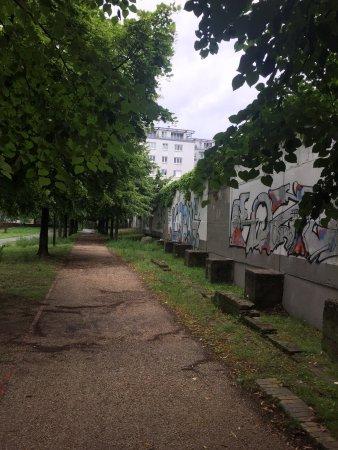 Berlin Bike Tour: photo3.jpg