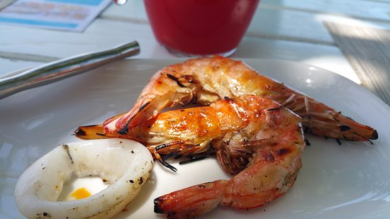 RockPool Samui: grilled tiger prawn and squid