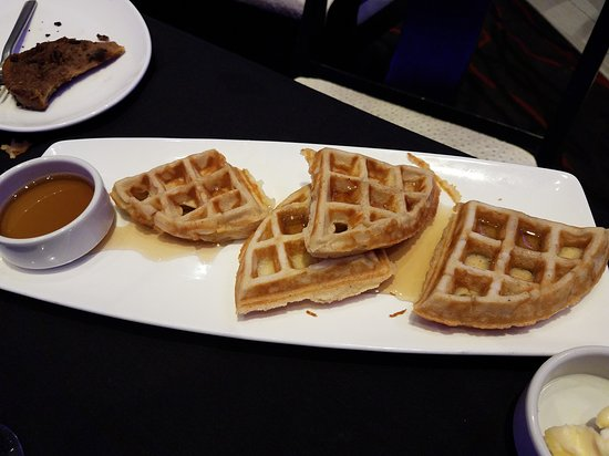 Lanham, MD: HORRIBLE Slow service! Terrible waffles.... Not worth the money. Go elsewhere!