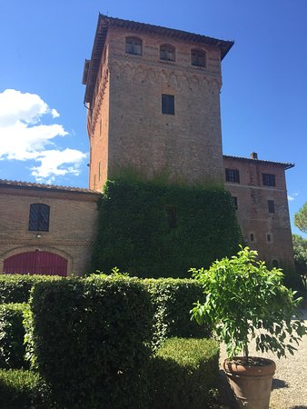 Castello di San Fabiano: The tower