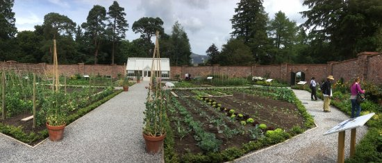 Portinscale, UK: The walled garden is a delight too