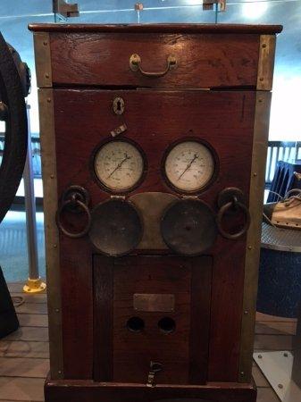 Hamilton, Bermudy: Old equipment