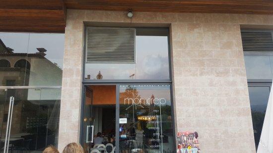 Solsona, Spain: 20170723_175420_large.jpg