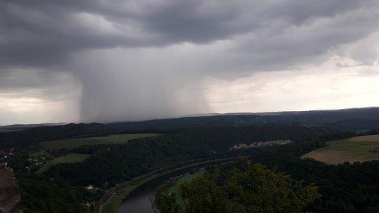 Koenigstein, Alemania: zbliżająca się buża