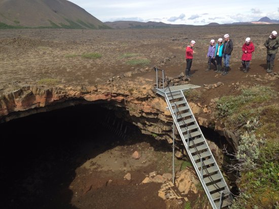 Lake Myvatn, Island: Descending into the cave from the lava field