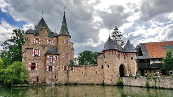 Mechernich, Jerman: Burg Satzvey