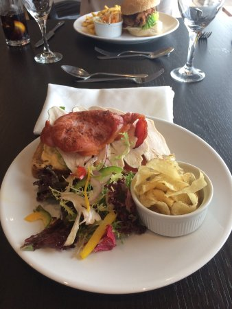 Leavenheath, UK: Open club sandwich