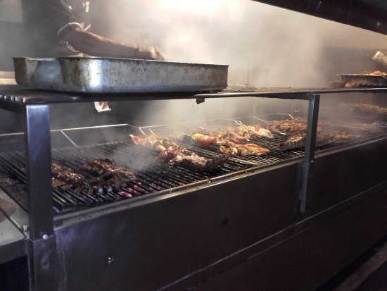 grillades au barbecue - picture of scallywags seafood bar & grill