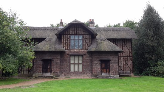 Kew, UK: Queen Charlotte's Cottage.