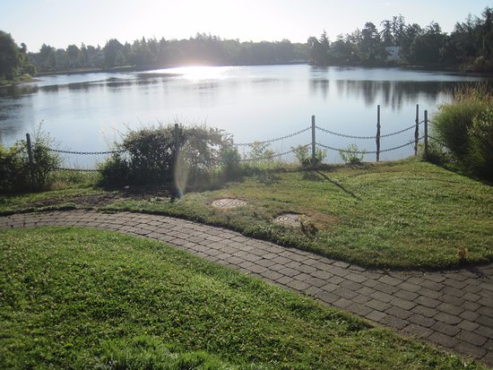 Esquimalt, Καναδάς: view from breakfast outside seating