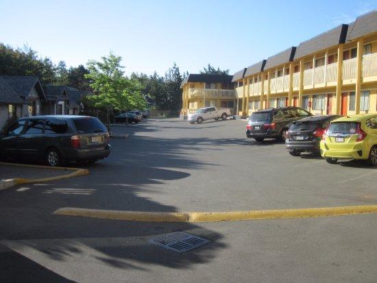 Esquimalt, Canada: parking