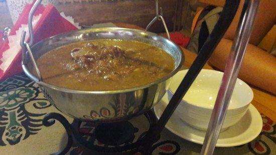 Karczma Mlyniska: zupa gulaszowa z kluseczkami