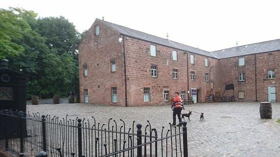 Annan, UK: Distillery