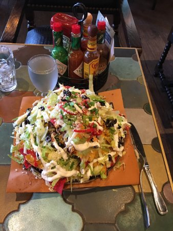 Foxboro, MA: Largest nachos ever