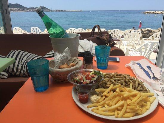 Mama Beach  Marseille  Frankrike  - Omd U00f6men