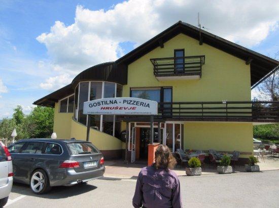 Hrusevje, สโลวีเนีย: Outside