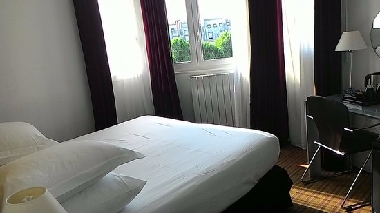 Hotel Albe Saint Michel: Small but comfortable
