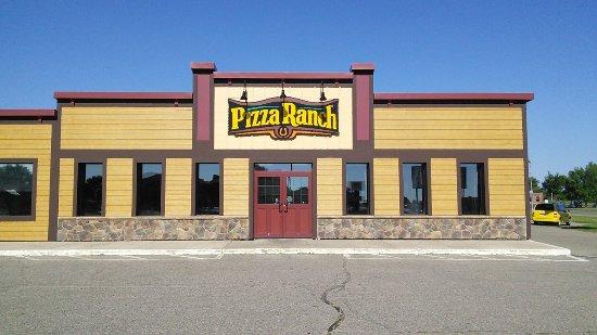 เรดวูดฟอลส์, มินนิโซตา: Pizza Ranch in Redwood Falls, MN