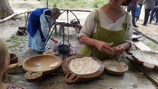 Hérouville-Saint-Clair, Frankrig: Fabrication du pain à l'épautre