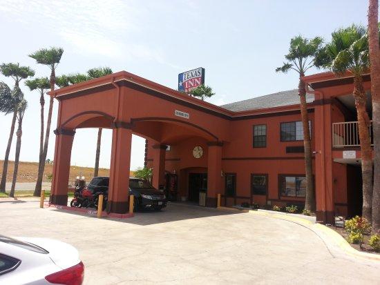 Texas Inn & Suites McAllen Airport / Mall