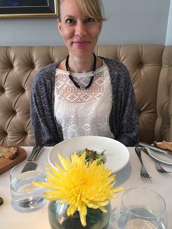 Roger Hickman's restaurant : photo2.jpg