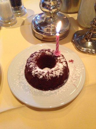 Hotel St. Florian : Geburtstag meiner Frau wurde ein netter Kuchen gebacken zum Frühstück