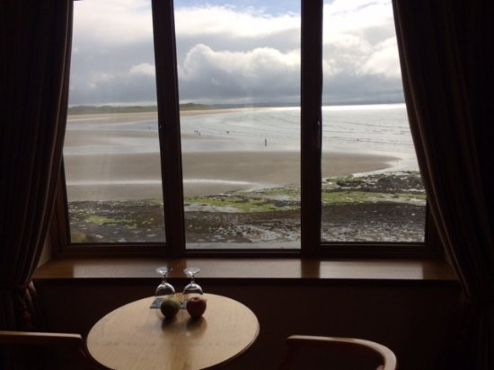 Waterfront House: Looking out at low tide