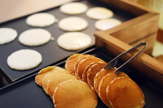 Tysons Corner, VA: Pancake Bar at Brunch!