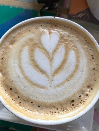 Cafe Con Forma De Flor Y Corazón Picture Of Cafe Macanas Jardin