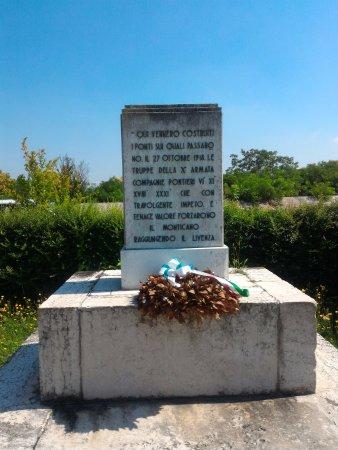 Monumento Ai Caduti Foto Di Monumento Ai Caduti Della