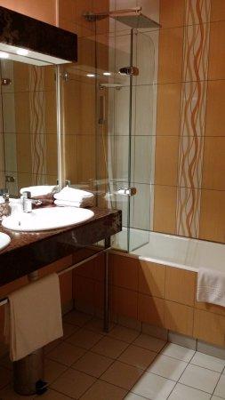 Villedieu-les-Poeles, Fransa: Chambre 1er étage