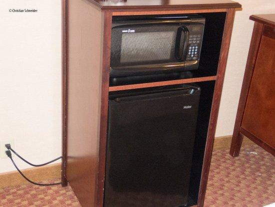 Westport, MA: Padrão Hampton: Microondas e refrigerador