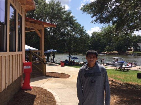 Eatonton, GA: On the lake - with boat pull up docks