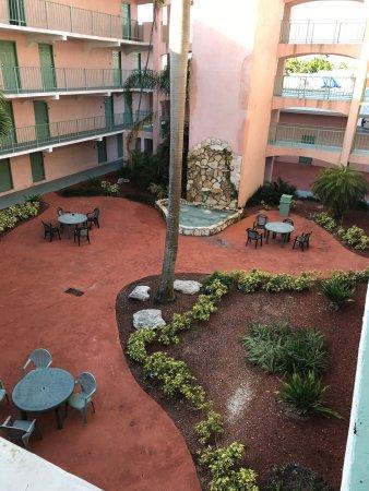 Castaways Resort & Suites Grand Bahama Island: photo5.jpg