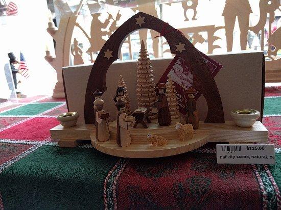 New Oxford, Pensilvanya: Nativity Scene - Price $135.00