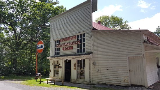 Meadows of Dan, VA: The Mayberry Trading Post