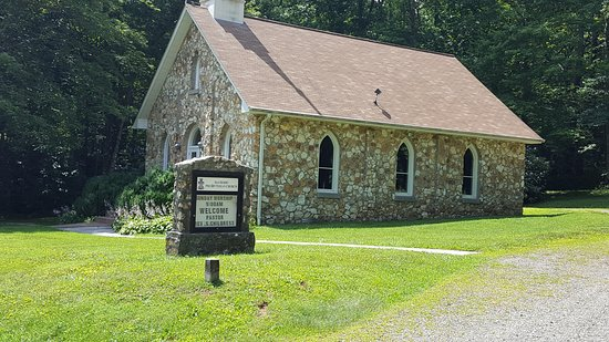 Meadows of Dan, VA: Mayberry Church