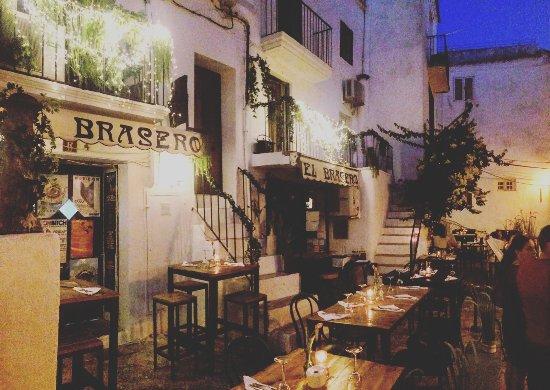 El brasero ibiza stadt carrer passadis 4 restaurant for Ibiza ristorante milano