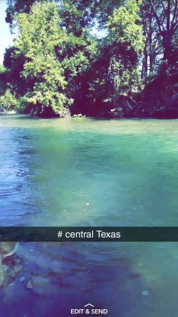 Martindale, TX: Cool River Ranch
