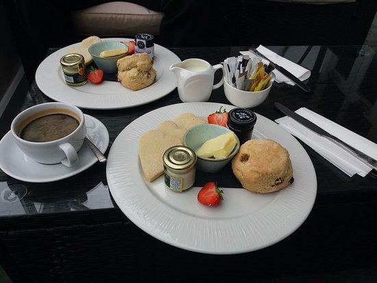 Eddleston, UK: Cream tea