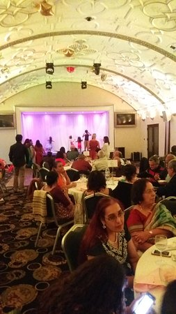 Eastcote, UK: Inside of the Banqueting Hall of Venue 5