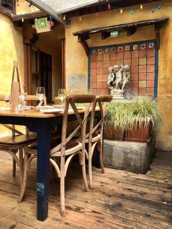 Casanova Restaurant: photo1.jpg