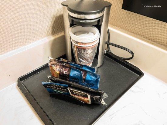 Oakville, كندا: Vejam a sujeira da cafeteira