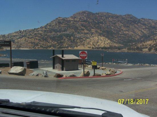 Lemon Cove, CA: View of lake