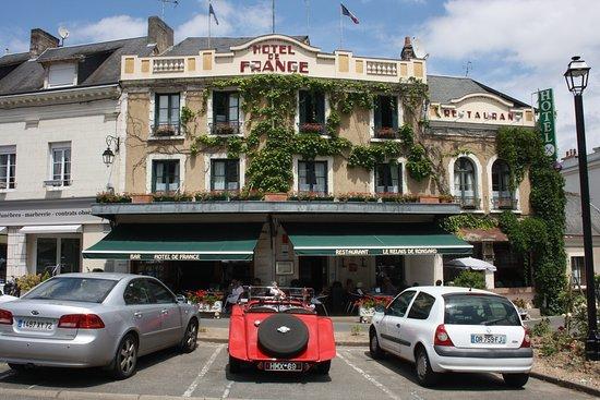 Hotel De France Le Relais De Ronsard La Chartre Sur Le