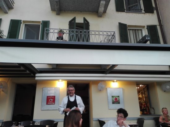 Sesto Calende, Italien: Pomodoro Rosso