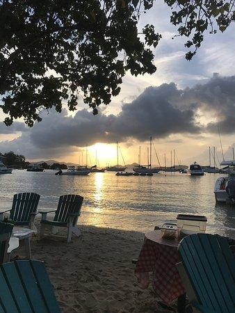 Joe's Rum Hut : photo0.jpg