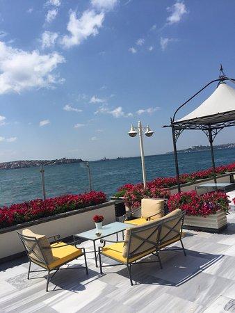 Four Seasons Istanbul at the Bosphorus: photo1.jpg