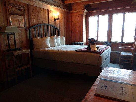 Old Faithful Inn: Looks fabulous eh?